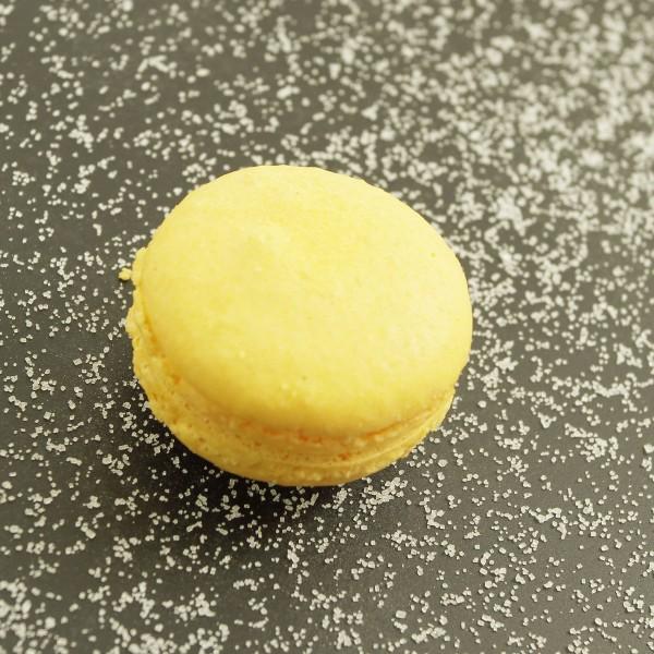 Macaron mangue & fruit de la passion